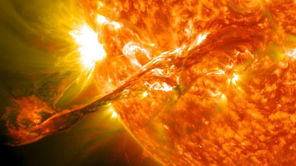 Solar flare EMP