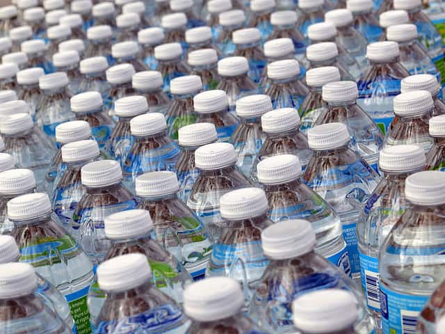 How to Stockpile Emergency Water for Disaster Prepping post image