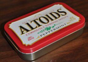 How to Build an Urban Survival Kit that Can Fit in an Altoids Tin