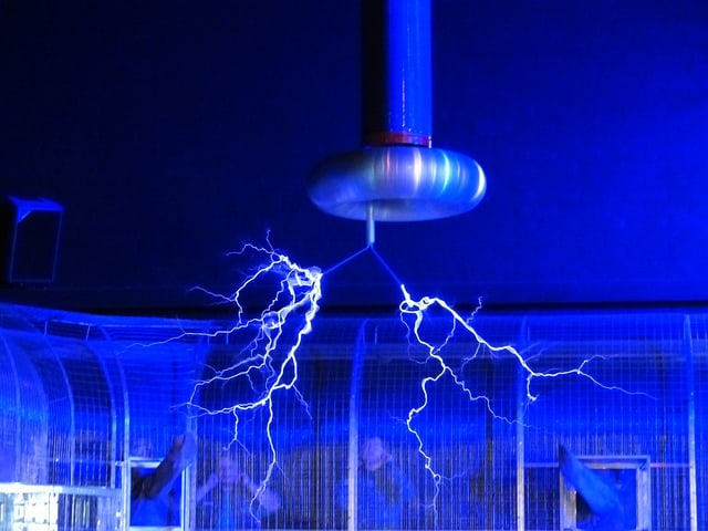 what is a faraday cage and will it really protect against emp