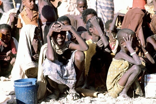 Somali children waiting for food