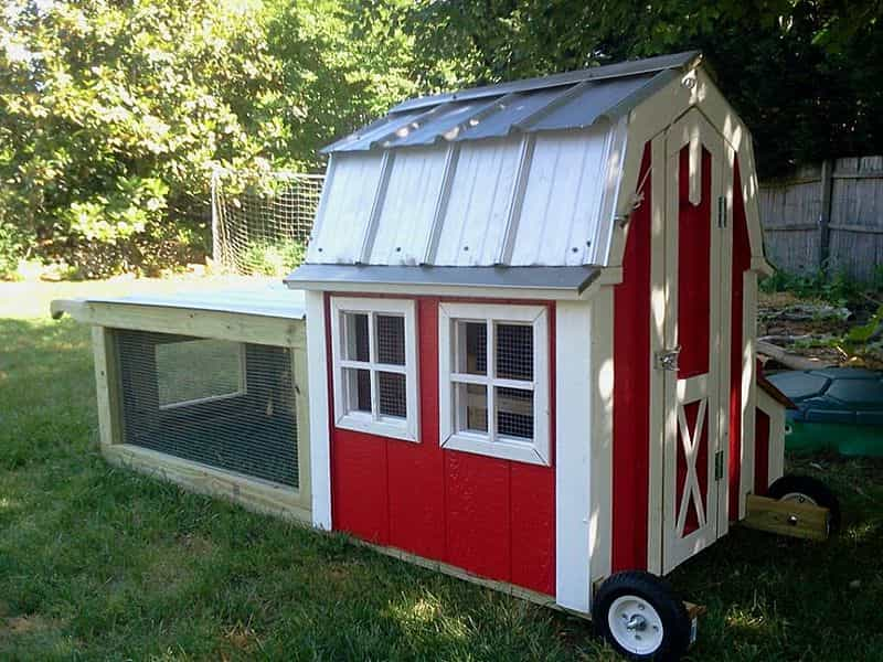chicken coop out of old shed or kids play house