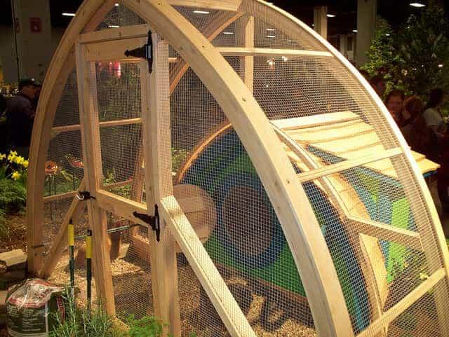 crafty artsy hobbit chicken coop