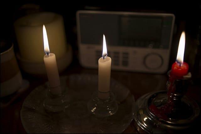 emergency lighting candles