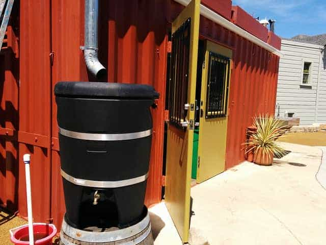 rainwater barrel with separate use faucet
