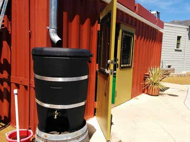 бочка для дождевой воды с отдельным краном