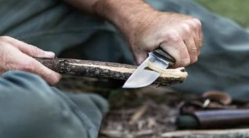 10 Best Survival Knives On A Budget