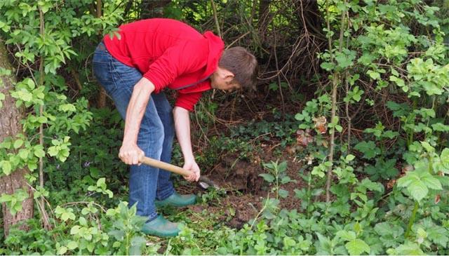 burying a survival cache