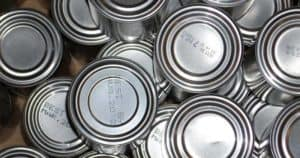 how to open can without can opener